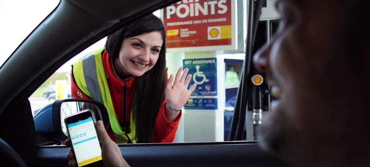 Disabled drivers - refuelling a car with the FuelService app